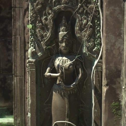 Prohm Statue
